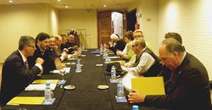 Rodríguez Miranda, durante la reunión con los presidentes de los centros gallegos en Cataluña.