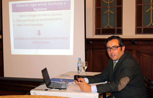 El economista Antonio Zarza, durante su exposicin.