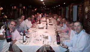 Un momento de la cena que se celebró a continuación de reunión para elegir a la Junta.