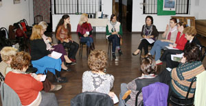 Un momento del primer encuentro del Obradoiro Cousas de Mulleres.