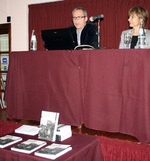 José Mulheiro y Da Silva, durante la presentación de los libros.