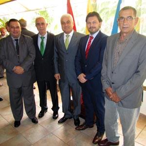 Miras y Miranda, junto a los cónsules honorarios en Anzoátegui, Richard Barreiro; en Aragua, Luis Doallo; y en Carabobo, Francisco Rey.