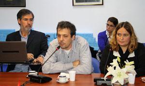De izda. a dcha., Jorge Rivas, Gustavo Fernández y Verónica Torres, de la Agrupación Lorca.