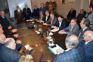 Antonio Rodríguez Miranda y Roberto Varela presidieron la reunión con los dirigentes de entidades gallegas.