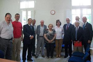 Miras Portugal con los dirigentes de las entidades que funcionan en la Casa de España.