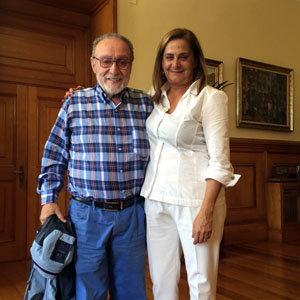 Carmela Silva, nueva presidenta de la Diputación de Pontevedra, recibió a Francisco Lores.