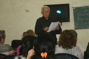 Manuel Álvarez Fuentes, en su intervención sobre la carta de Fidel Castro al alcalde de Oleiros.