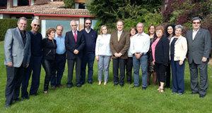Los miembros de la Comisión Sociolaboral, durante la reunión en Segovia.