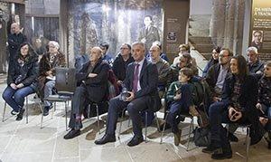 Un momento del acto en recuerdo del 69º aniversario de la muerta de Castelao, celebrado en el Panteón dos Galegos Ilustres.