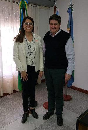 La vicecónsul honoraria en Tres Arroyos visitó las localidades de San Cayetano y Adolfo Gonzales Chaves - Cronicas de la Emigracion